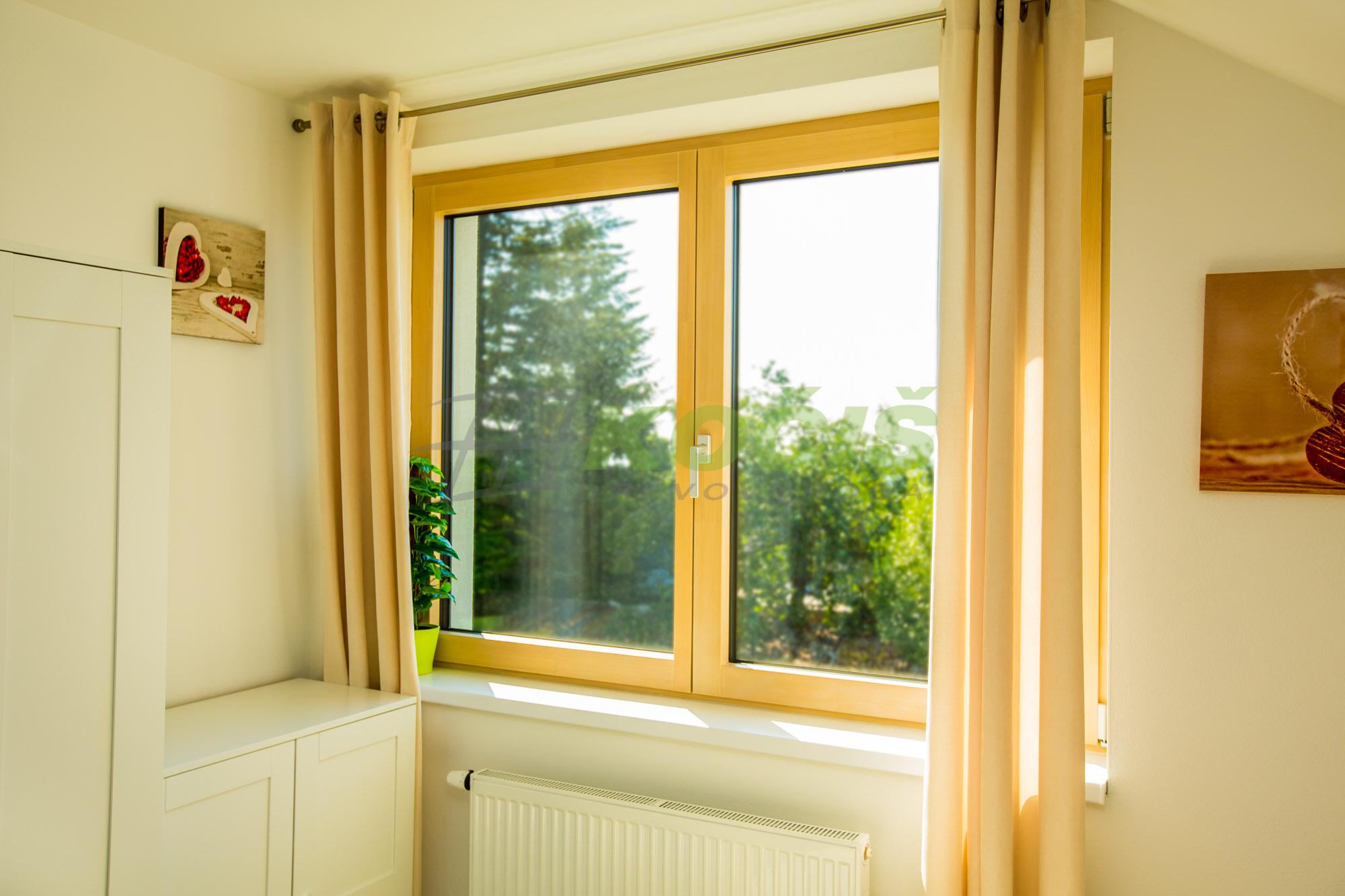 drevené okná